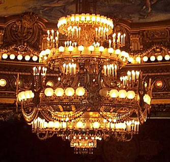 Phantoons of the opera review phantom las vegas 19 september 2009 garnier chandelier aloadofball Images